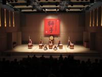 浅香太鼓集団「獅子」による演奏の様子
